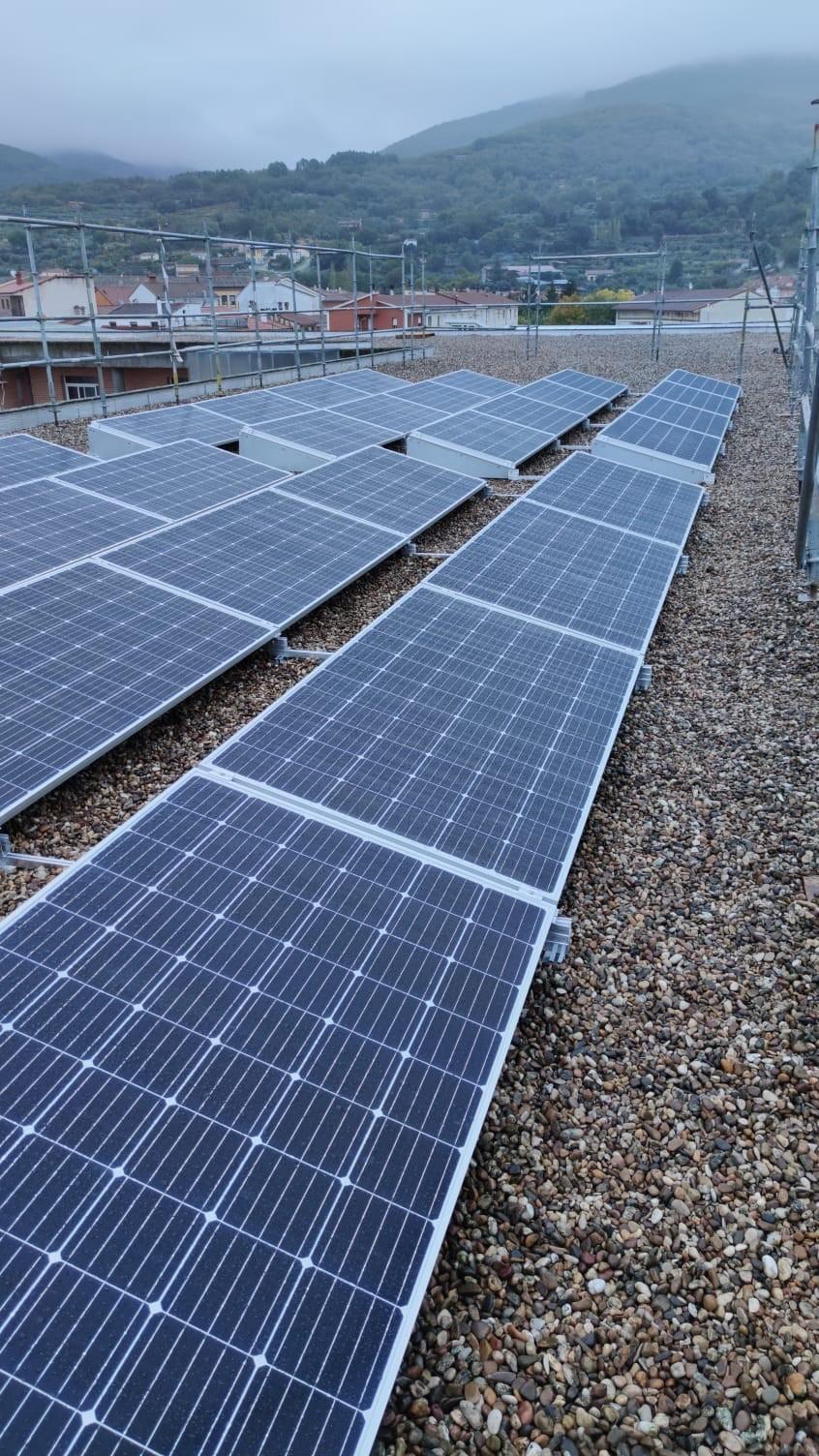 NUEVA Instalación fotovoltaica a red de 10kw en el IES CANDAVERA en CANDELEDA – AVILA